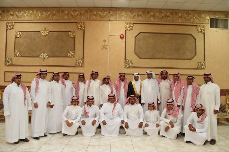 صورة مشعل البقمي يحتفل بزواجه بحضور الأقارب والأصدقاء