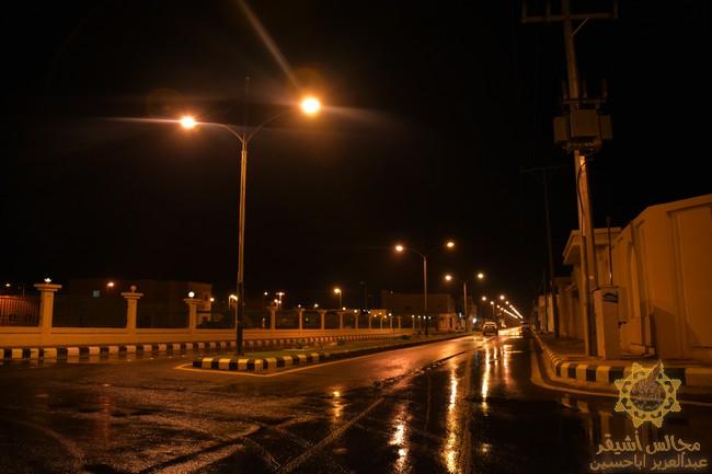 صورة أمطار الخير والبركة تهطل على مدينة أشيقر