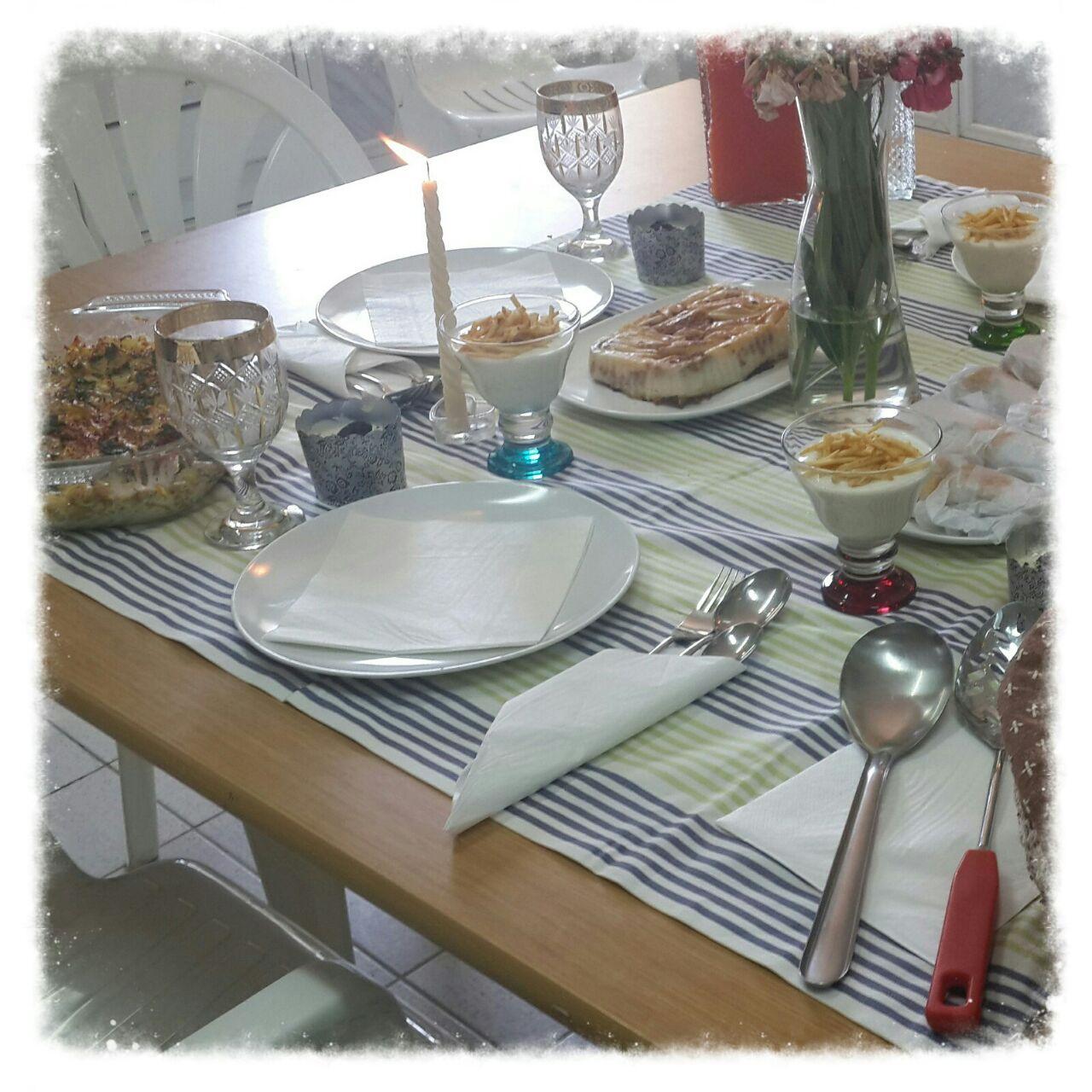 صورة إعداد المائدة بثانوية أشيقر للبنات