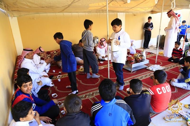 صورة ابتدائية أشيقر تقيم اليوم المفتوح لطلابها