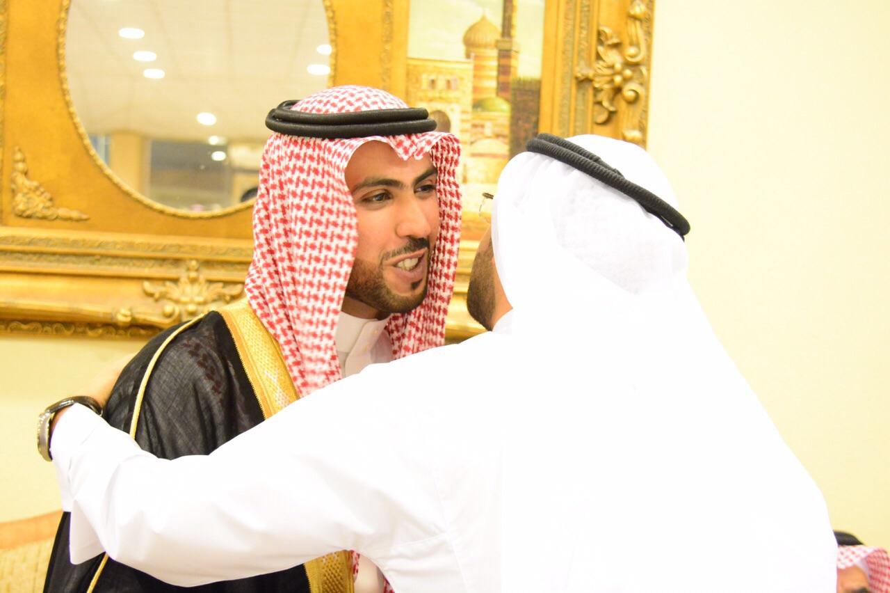 صورة عبدالعزيز أباحسين يحتفل بزواجه