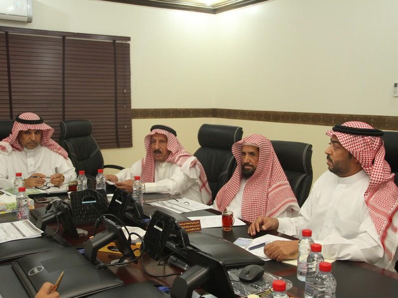صورة لجنة الإحتفالات بأشيقر تعقد اجتماعها الثاني بشأن الحفل السنوي لعيد الفطر