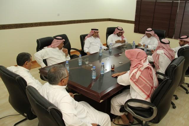 صورة لجنة الاحتفالات بأشيقر تعقد اجتماعها الثالث