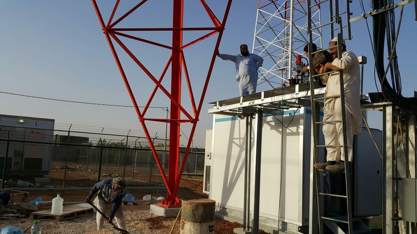 صورة بعد معاناة الأهالي,البدء بتركيب كبينة برج موبايلي في أشيقر