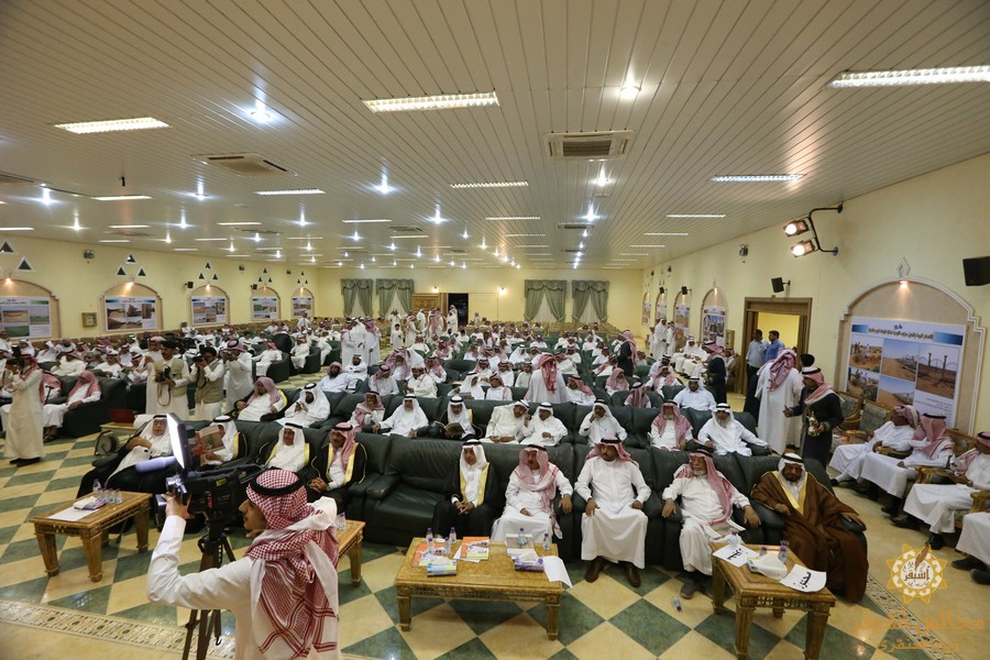 صورة في عامها الثالث عشر أسرة الخراشي تكرم المتفوقين والمبدعين وحفظة القرآن