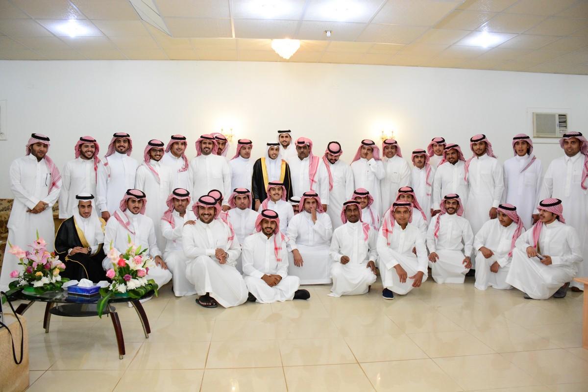 صورة الشاب محمد بن عبدالله الشنيبر يحتفل بزواجه على كريمة عبدالرحمن الجلال
