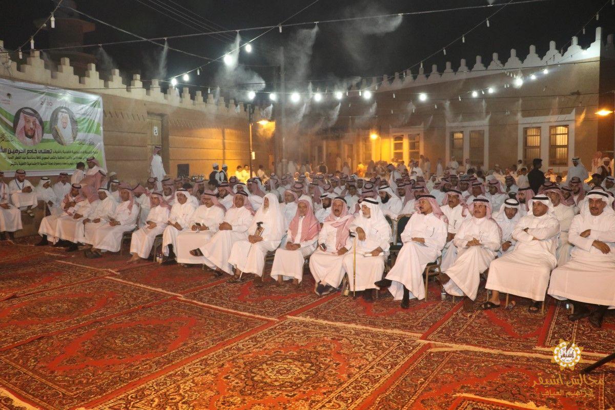 صورة برعاية الشيخ عمر العبداللطيف لجنة التنمية بأشيقر تقيم مهرجان القرية التراثية