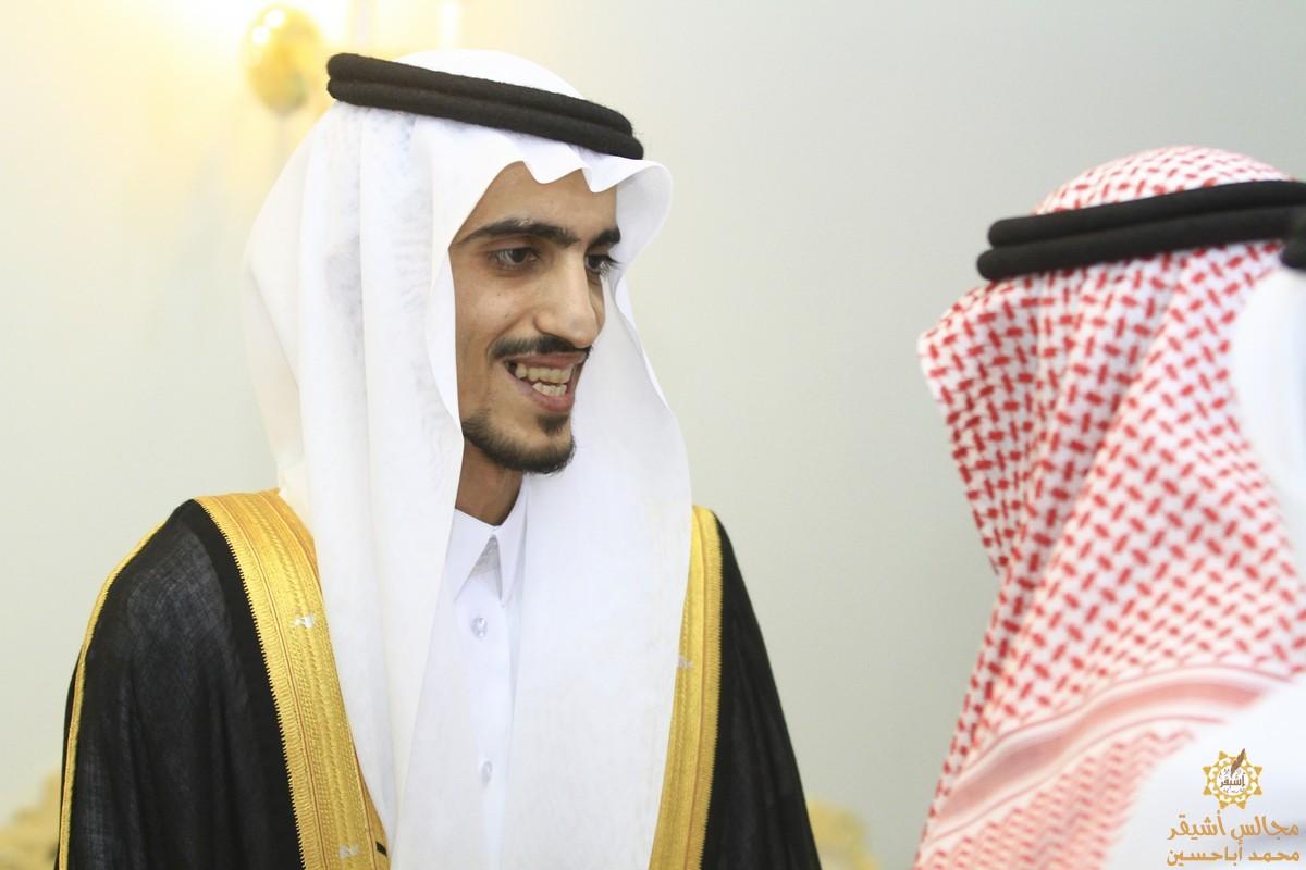 صورة سليمان السلوم يحتفل بزواجه على كريمة عبدالعزيز العبدالوهاب