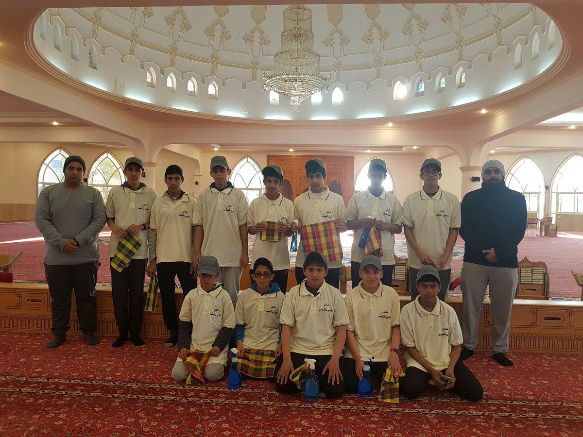 صورة نادي الحي بأشيقر ينفذ برنامجاً تطوعياً لتنظيف الجامع بأشيقر