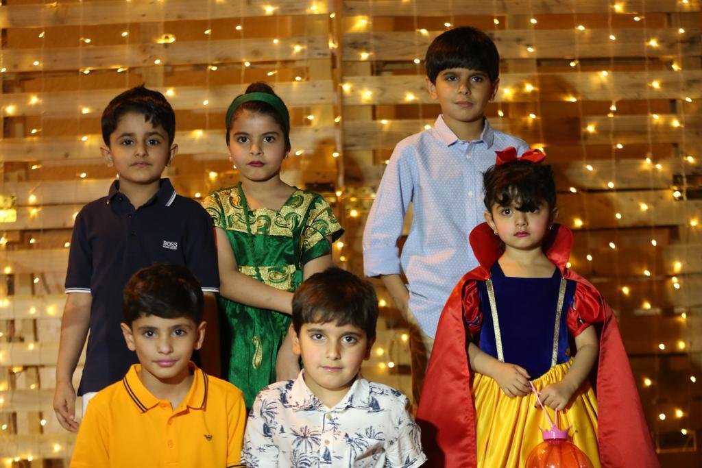 صورة مجالس أشيقر وصحيفة شقراء يعايدون الأطفال بمهرجان الحلاوي بأشيقر