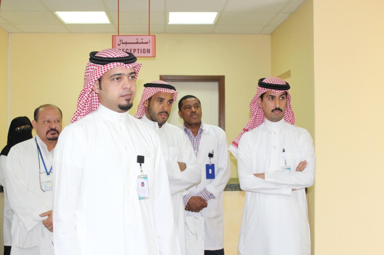 صورة مدير مستشفى شقراء يفتتح معرض الأسرة ومرض السكري بالمركز الصحي بأشيقر