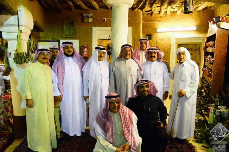 صورة نائب وزير الديوان الأميري بالكويت يزور أشيقر